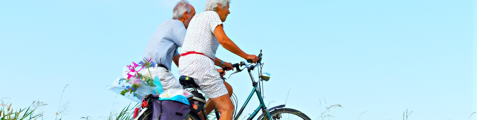 active seniors enjoying the benefits of biosuperfood